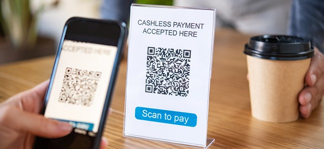 Small Businesses: Reap the Benefits of Cashless Transactions